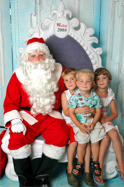 Santa photo adjusted 2 72dpi