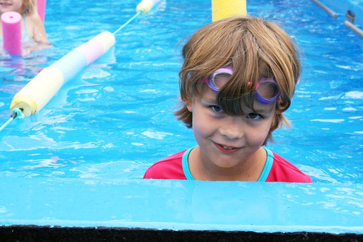 Swimming sports sarah 72dpi