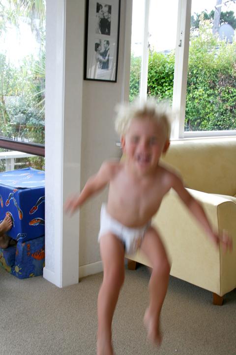 Dan jumping 72dpi