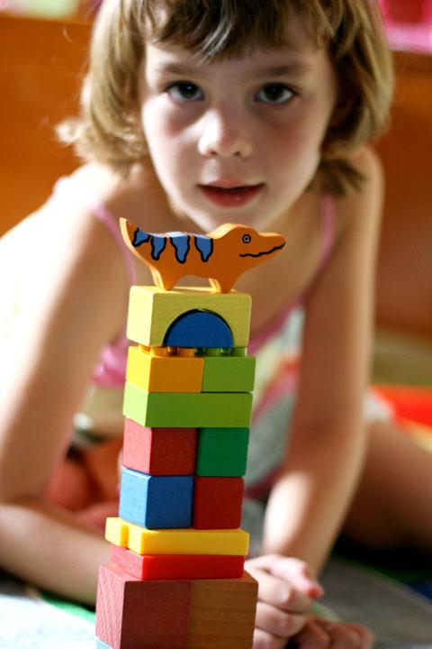 Sarah-playing-blocks