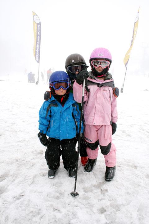 Skiing-my-children