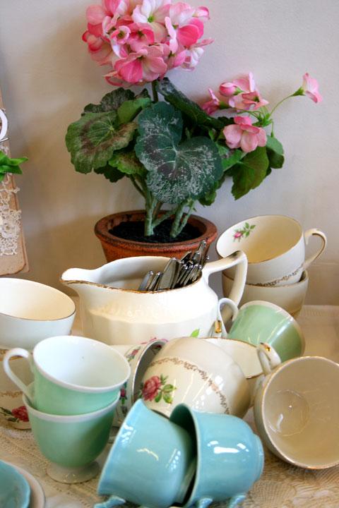 CW-vintage-teacups