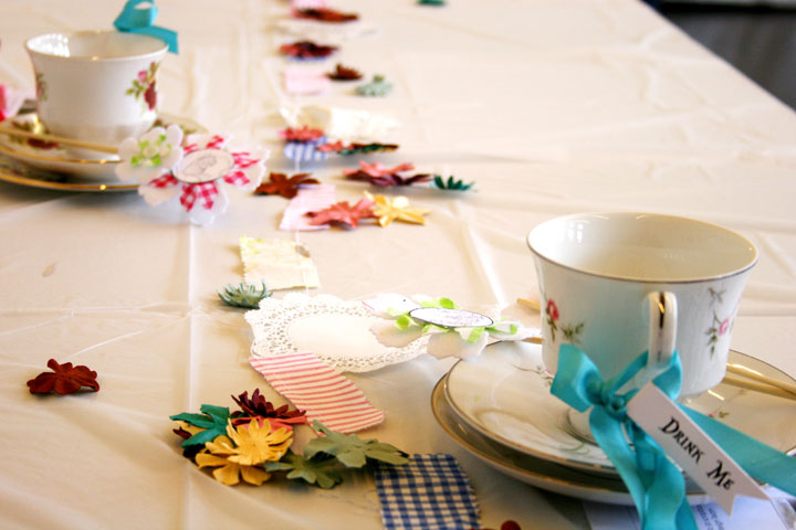 CW-table-bunting