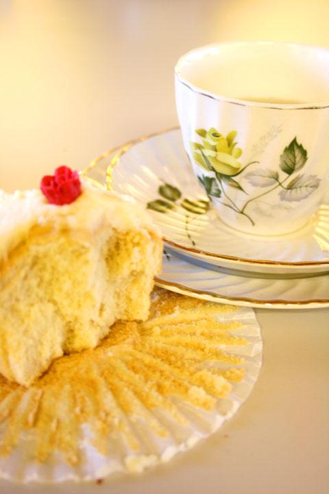 CW-wine-and-cupcake-portrai