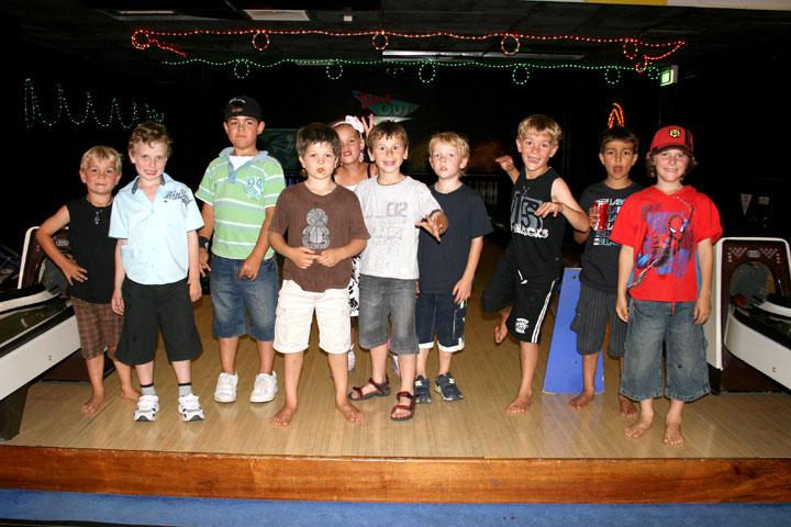 Bday-ten-pin-bowling