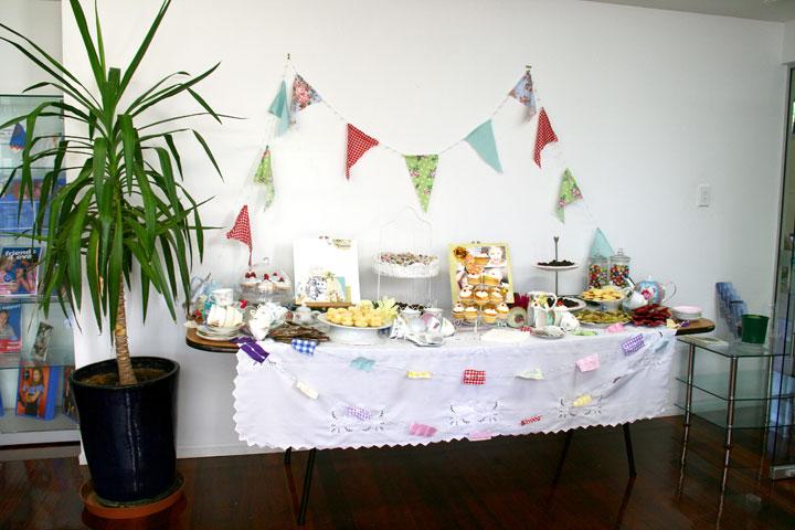 CRSF-tea-table