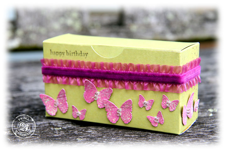 Gift-wrapping-3