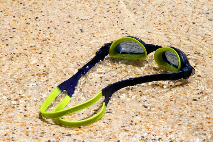 Fiji-goggles
