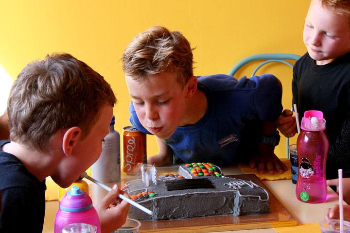 Cake-and-matt