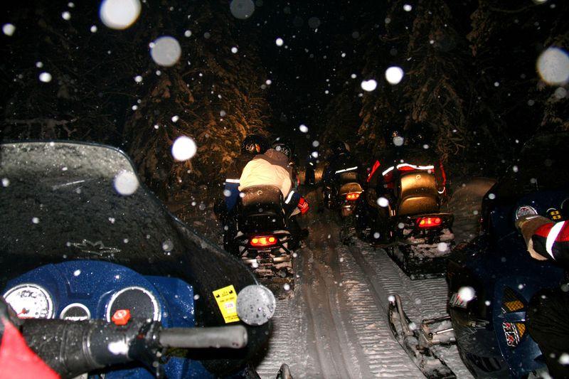 RD1-snowmobile-3