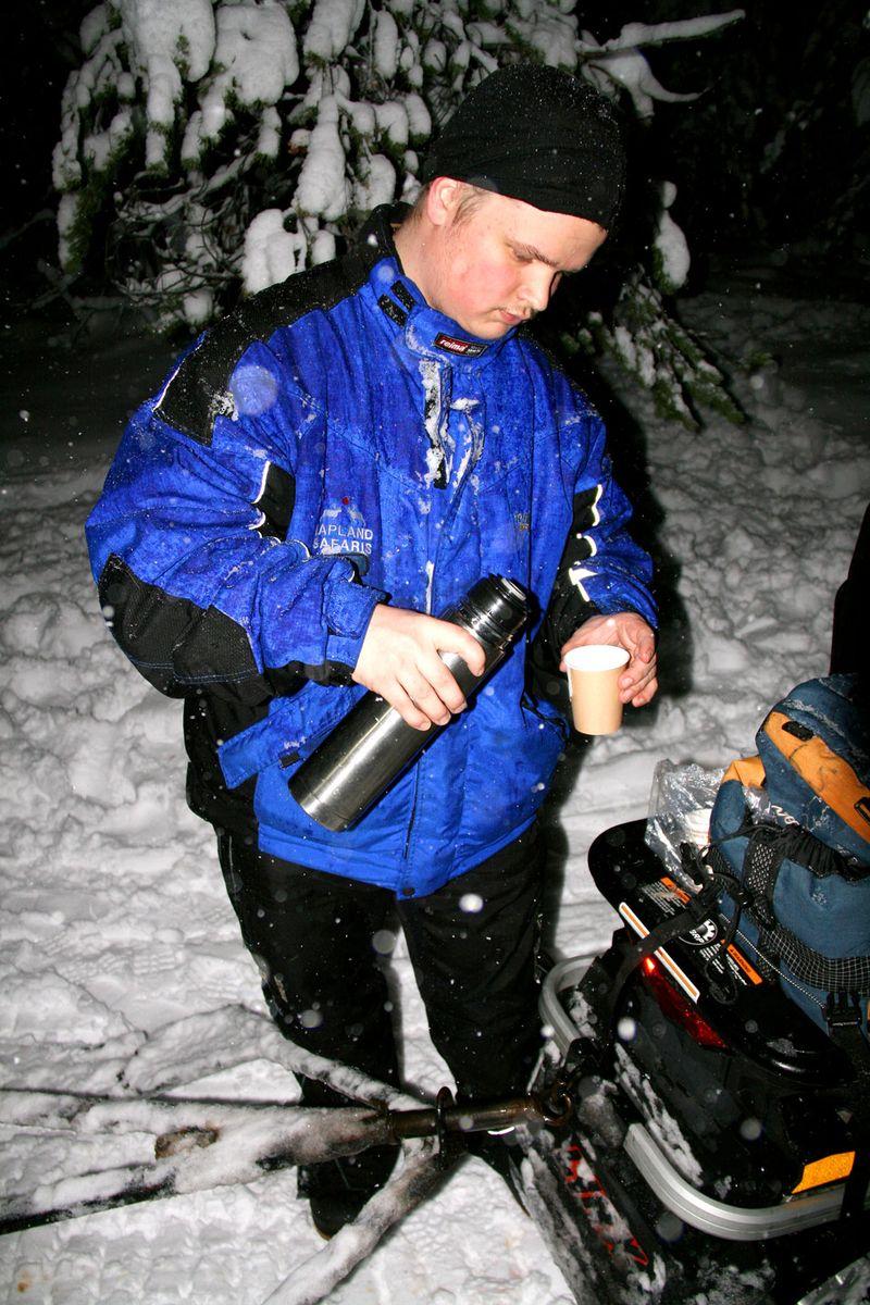 RD1-snowmobile-1