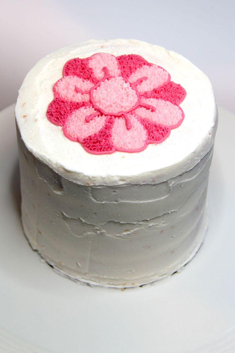 Cake-tall-flower
