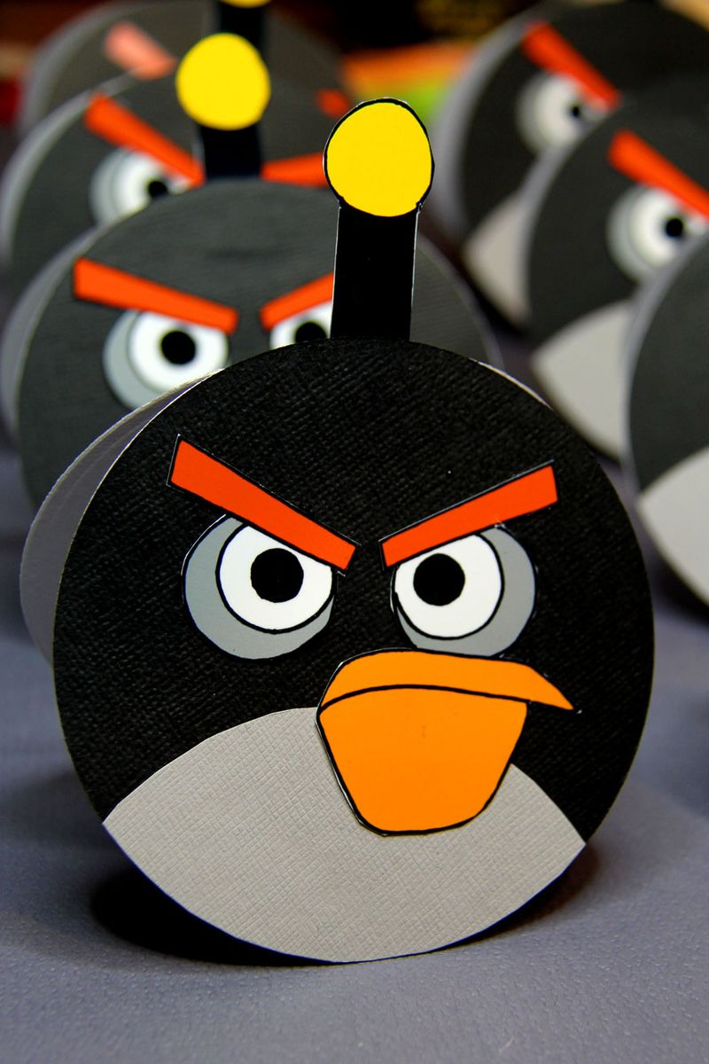 Angry-birds-invite-1