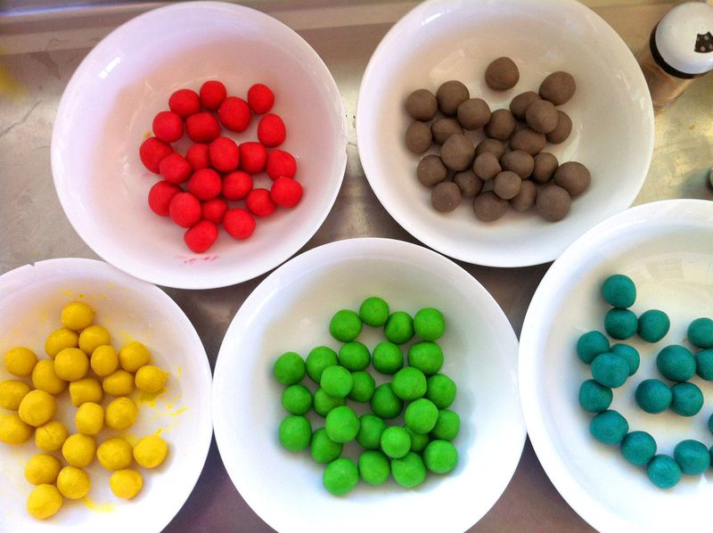 Rainbow-balls