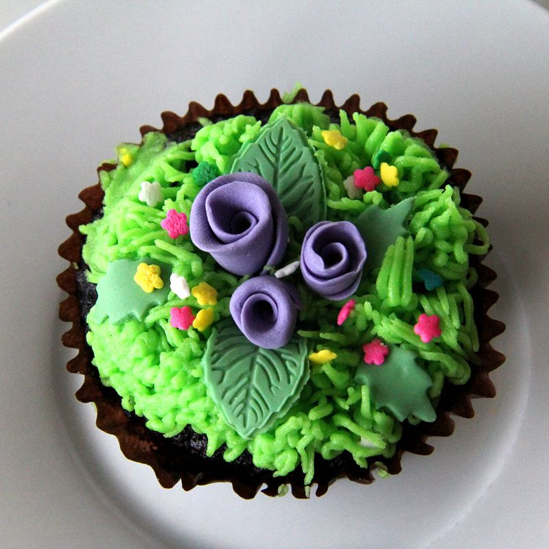Cow-cupcake-inside