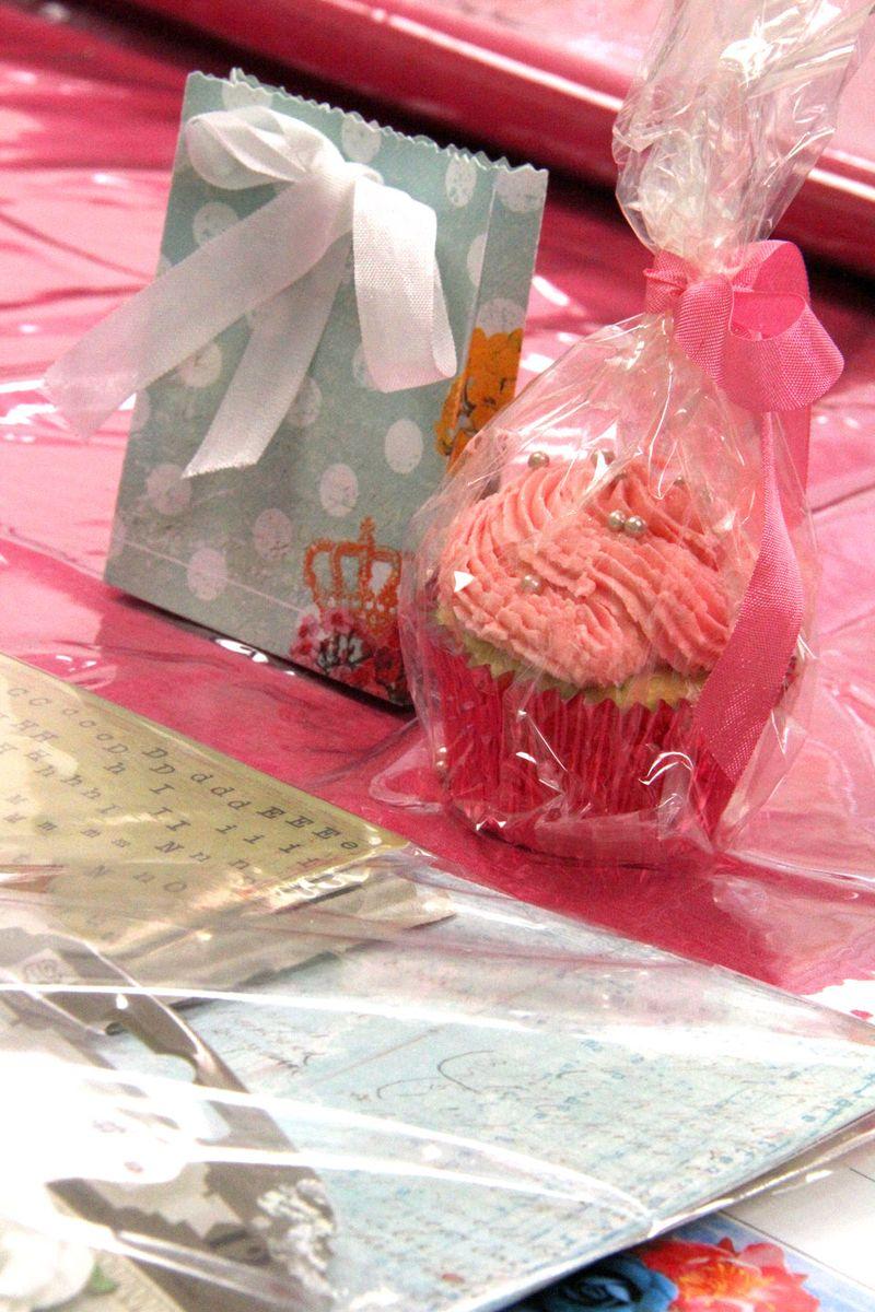 Cupcake-&-bag