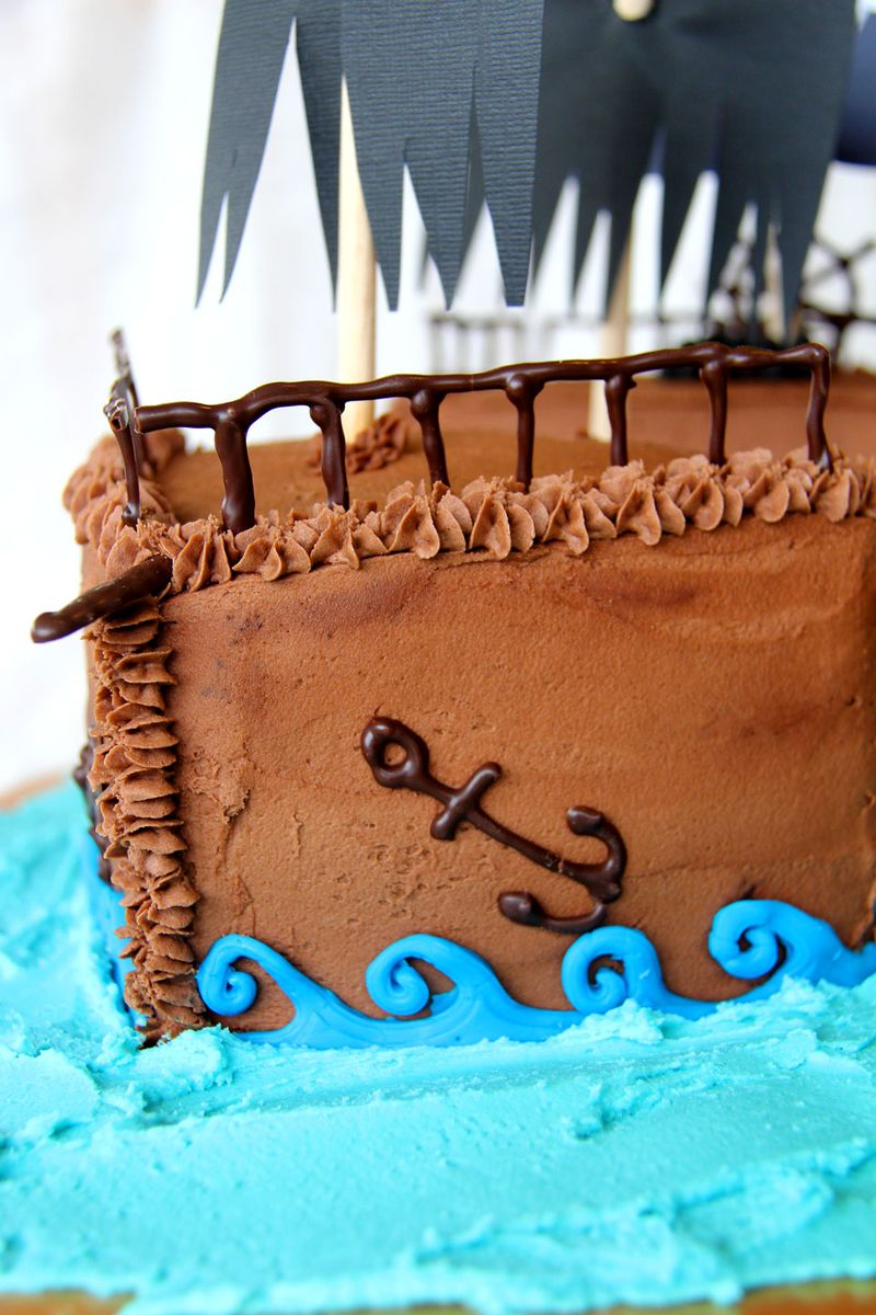 Pirate-ship-cake-6