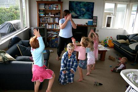 Dancing_72dpi