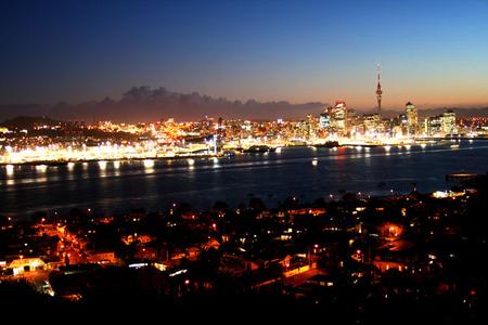 Auckland_city_72dpi