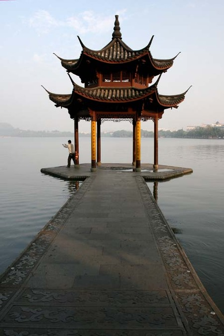 China_hangzhou_west_lake_early_morn