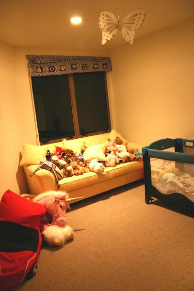 Babies_room_from_wardrobe_72dpi