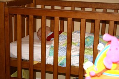 Dan_sleeping_on_tummy_smaller