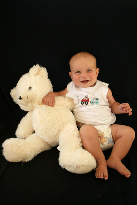 Dan_with_12_month_bear_6_months_old_vers_1