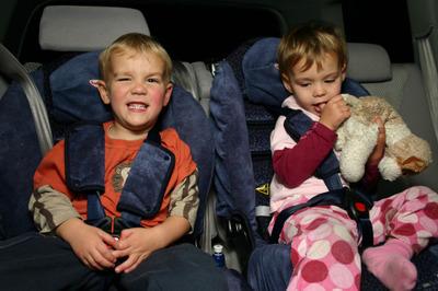 Matt_and_sarah_in_car_seats