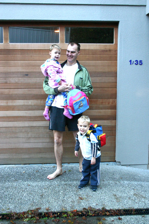Matt_sarah_and_dad_first_day_at_daycare_