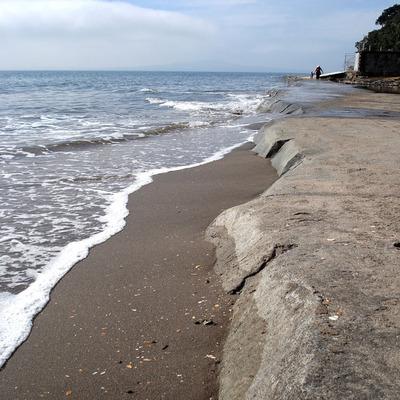 Murrays_bay_beach_walkway_smaller