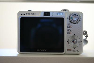 Sony_camera_back_72dpi