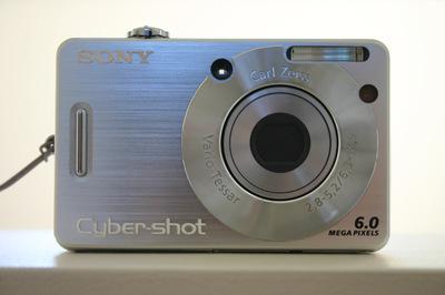 Sony_camera_front_72dpi