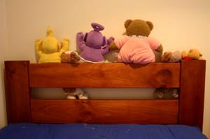 Teddys_watching_telly